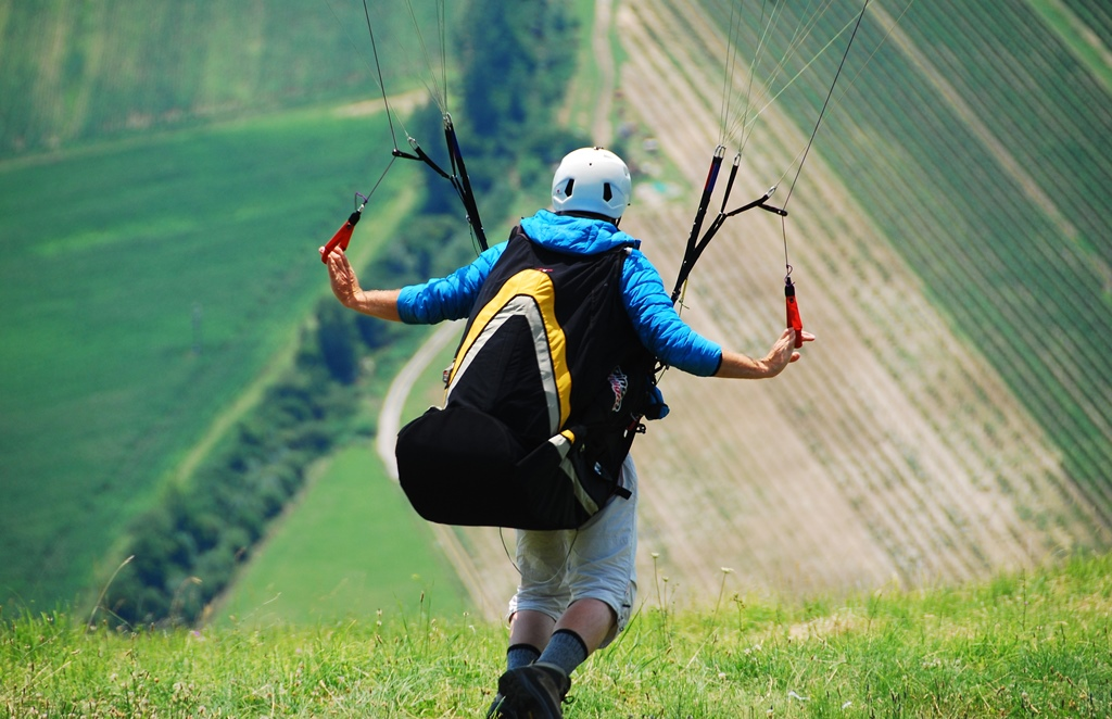 paragliding-fly-art