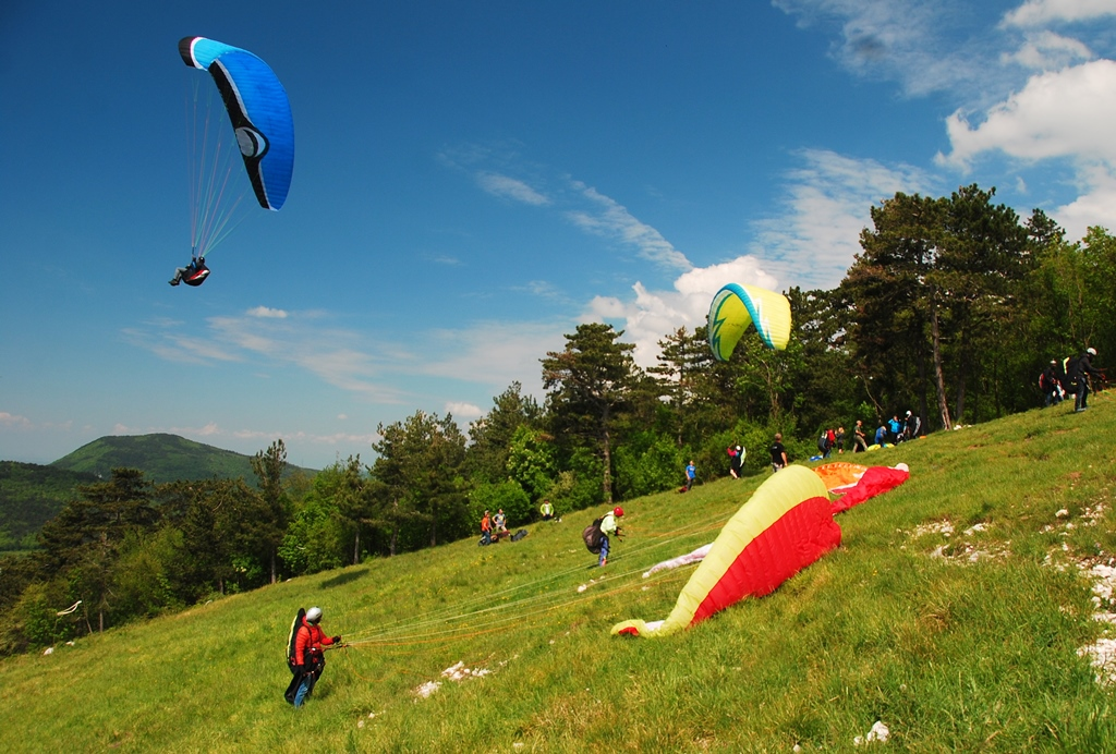 Lijak take off paragliding may (1)